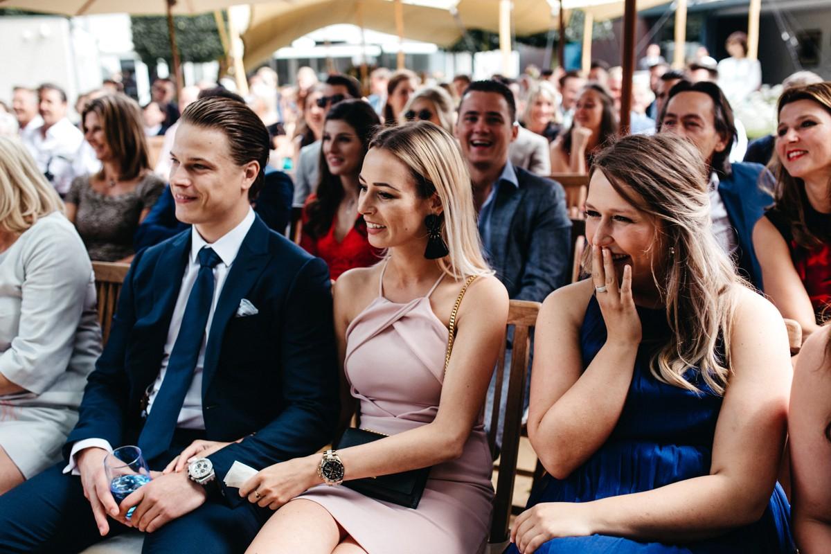 suegraphyelegantandfunbackyardwedding-nickandkimberley0283